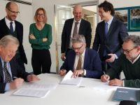 Firma dell'accordo Alperia Bartucci